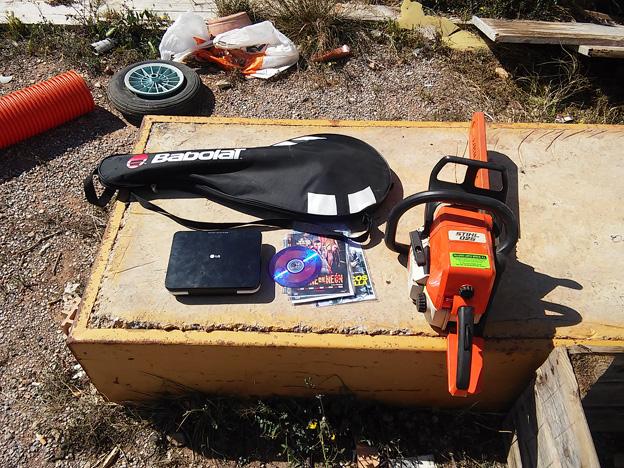 Puçol-objetos-incautados-por-policia-local