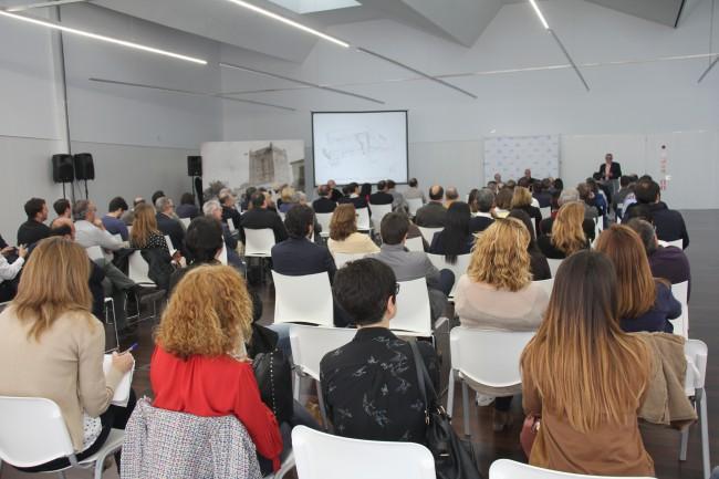 Torrent. Vázquez Consuegra. conferencia. Antic Mercat