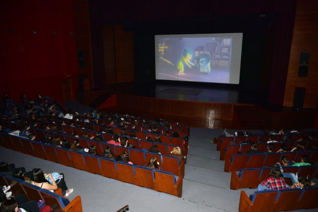 cinema en valencià escolars Paiporta