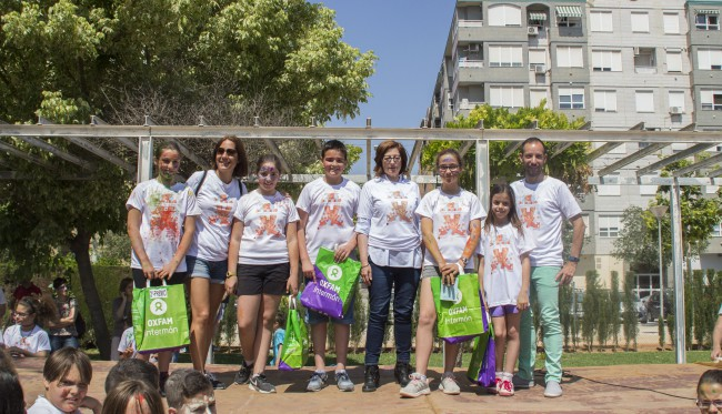 Alaquas. joc solidari. samarreta