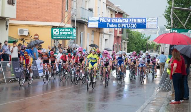 Dipu. Volta ciclista feminas