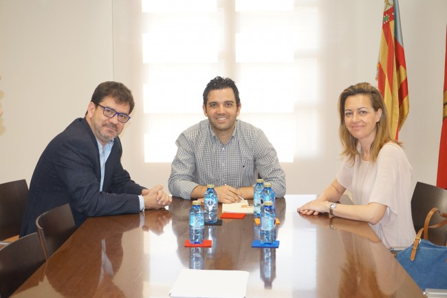 Sagredo,  Altur y Núria Campos