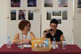 Elena Borràs, mestra i veïna de la Rafelbunyol, presenta el seu primer llibre 'Més enllà de l'oceà'