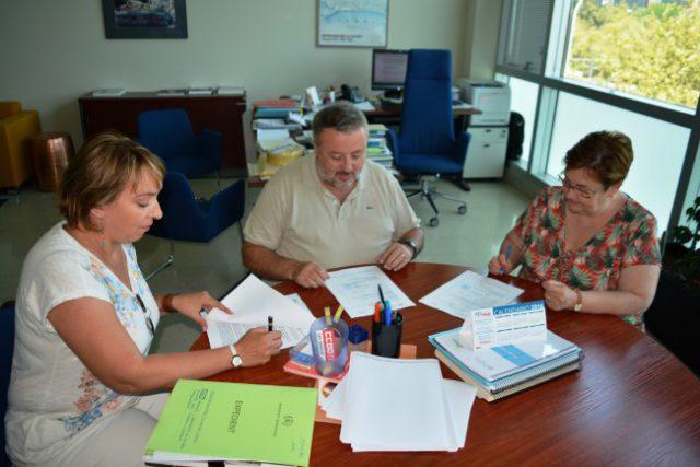 Benetússer firma convenio con la Universitat de València