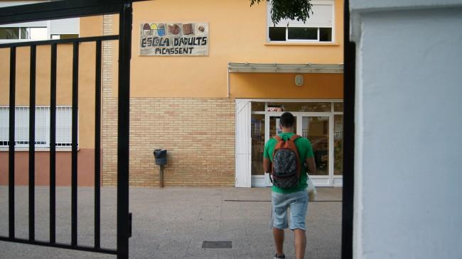 Picassent-Escola-publica-adults