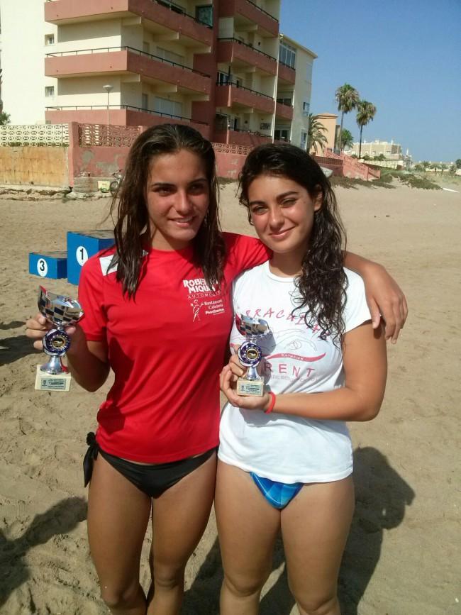 barracudas Alicia Baixauli y Lola Benavent travesia Sant Roc