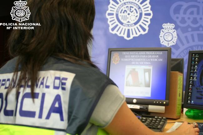 policia-delitos-informatica