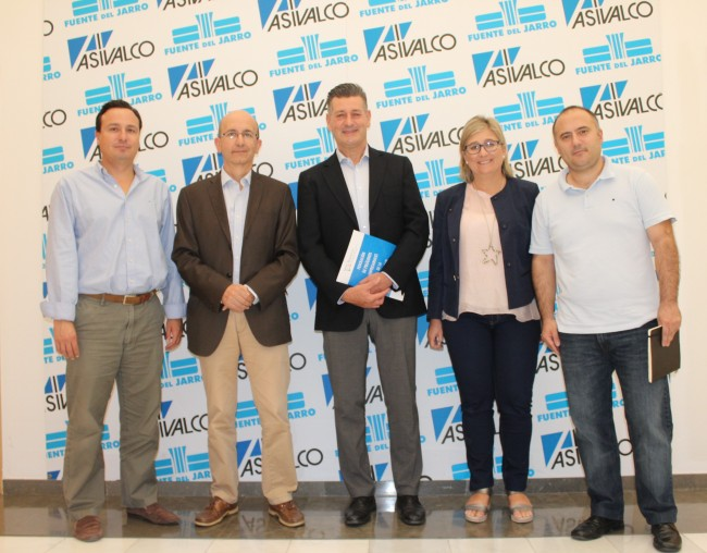 Aguar y Peris escuchan las reivindicaciones de los empresarios de  ASIVALCO y FePEVAL