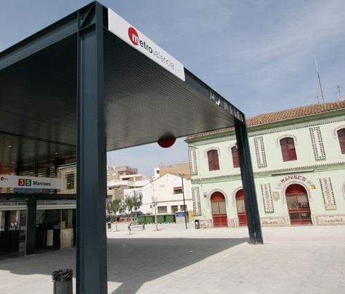 Estación metro Manises