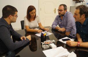 Vinalesa busca el apoyo financiero de Diputación para rehabilitar el patio de la fábrica de la seda