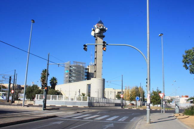 rotonda-canal-9-semaforos