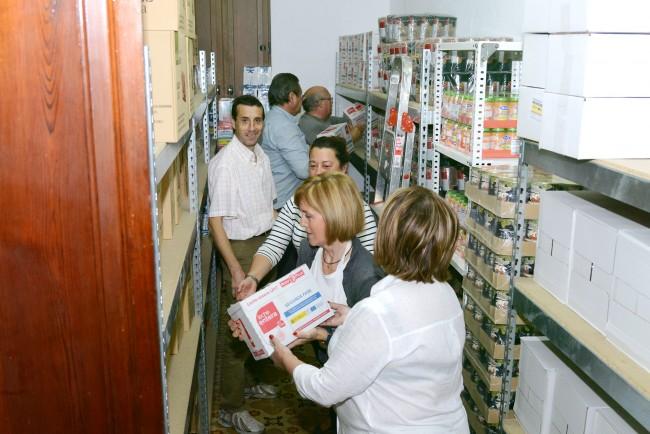 transporte-alimentos-caritas-paiporta-2