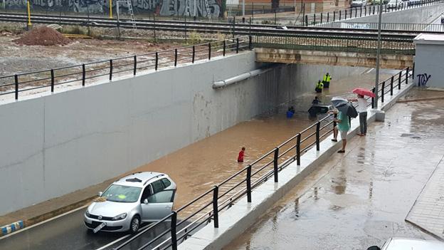 994-inundacion-caminas-2015
