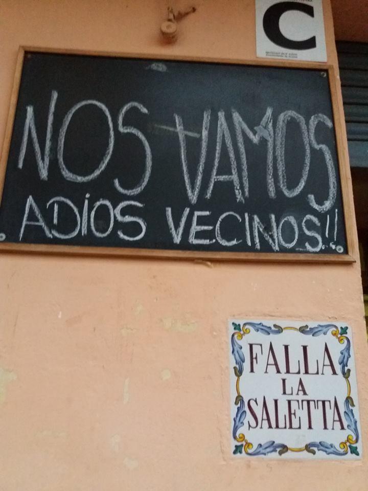 Cartel de despedida de la Falla La Saleta al dejar su anterior casal. Foto: Falla La Saleta