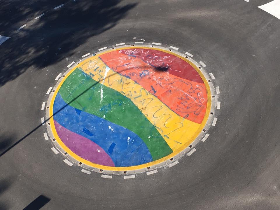 Rotonda arco iris de Moncada