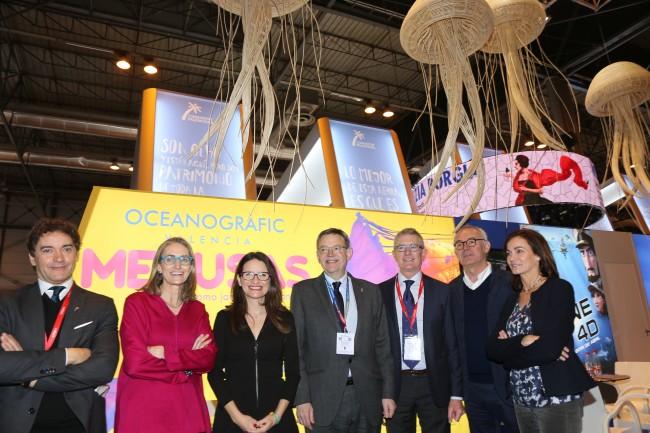 Visita Ximo Puig stand Oceanografic Fitur 2017