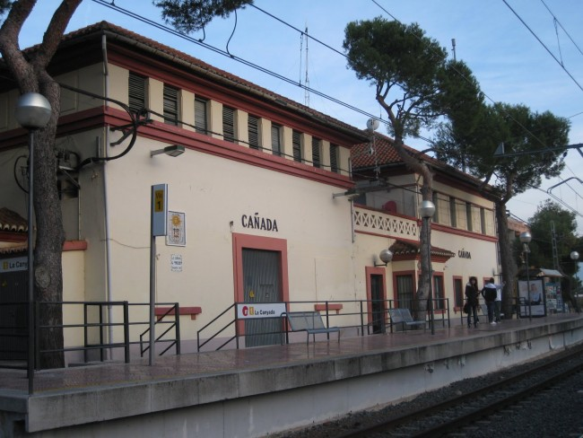 Estación de Metro de La Canyada