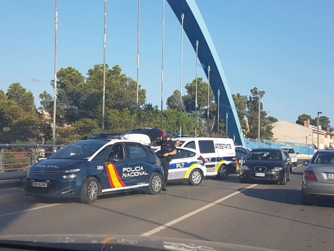 Policía evita intento de suicidio en Torrent
