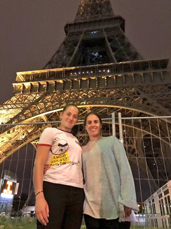 Anabel Medina y Jelena Ostapenko Paris Roland Garros 2017