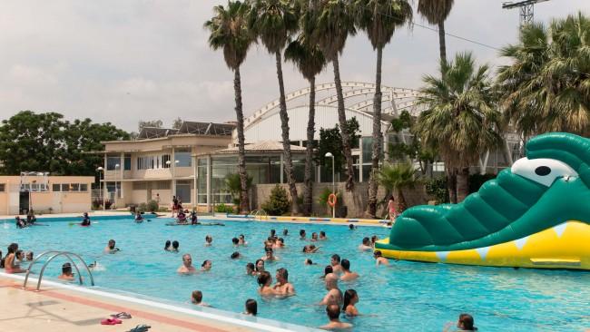 la piscina municipal de picassent t una mitjana d