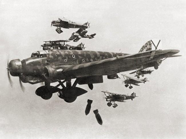 Aviones S.81 de la Aviación Legionaria Italiana, empleados por el capitan Pacini en el bombardeo de Catarroja