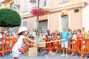 Juegos infantiles acuáticos en las fiestas de Mislata