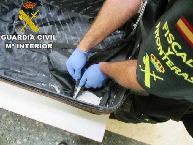 metanfentaminas aeropuerto manises Guardia Civil