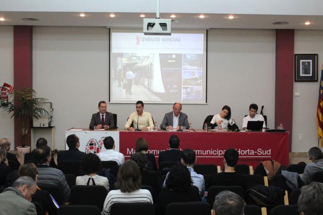 L'Horta Sud reinvidica ante Generalitat un mejor transporte para el área metropolitana
