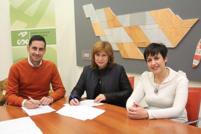 firma convenio de cesión de uso del Centro Ocupacional 9 d'Octubre (Partonato de Educación Especial Reina Sofía de Catarroja)