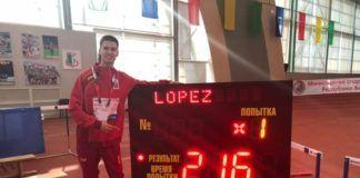 Pablo López Club Atletismo Torrent salto altura