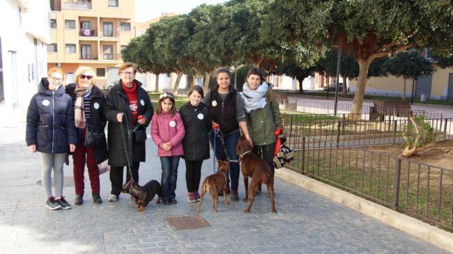 El Consell de la Infància es mobilitza contra la presència d'excrements de gossos als carrers del municipi