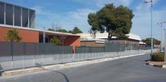 Torrent instala nueva valla de seguridad colegio Teresianas