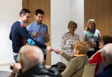 Entrega de bonometros a las personas mayores de Mislata