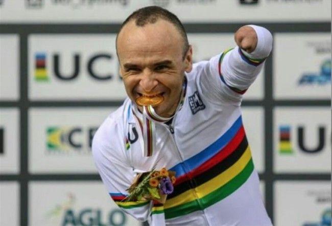 Ricardo Ten medalla ciclismo paralímpico
