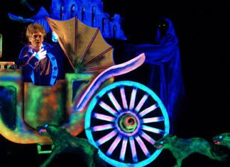 El teatro Negro de Praga trae a su 'Frankenstein' a Torrent