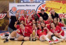 CB L'Horta Godella levanta el trofeo de campeón Junior Femenino Autonómico