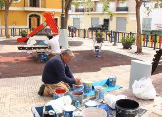 Picassent L'Ajuntament realitza tasques de manteniment als parcs infantils 2