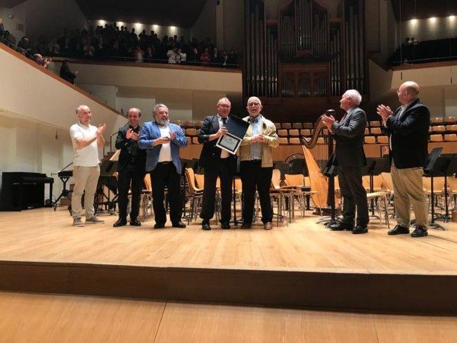 Primer premio y mención de honor de Esñecial a la Unión Musical de Godelleta