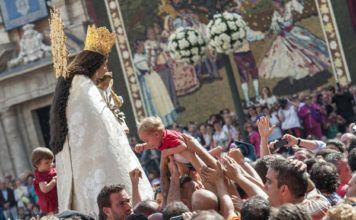Miles de devotos de l'Horta peregrinarán a pie con motivo de la fiesta de la Virgen de los Desamparados