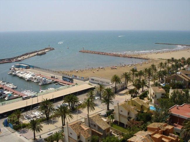 playa puerto deportivo pobla farnals