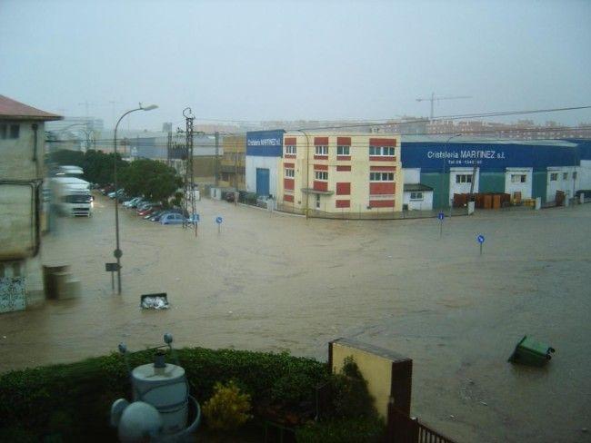inundación Fuente del Jarro salida carretera de Madrid