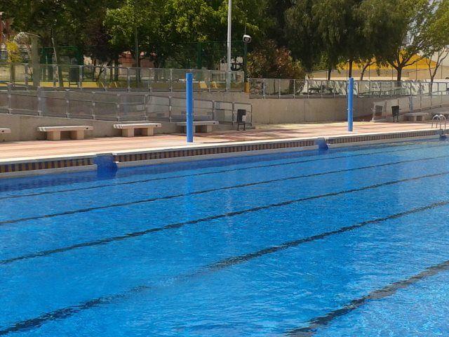 manises se queda sin piscina municipal hasta el mes de