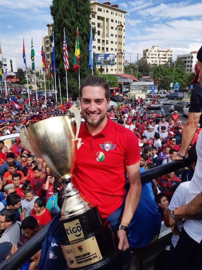Carlos Beguer campeón Bolivia