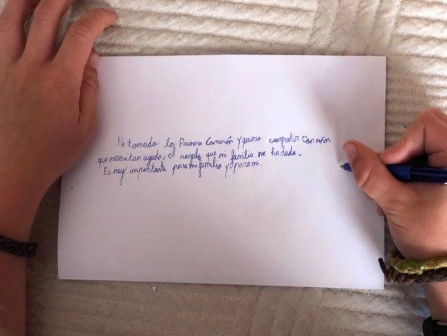Regalos Para Nina De 9 Anos Comunion.Un Nino De 9 Anos Dona Los 1 000 Euros De Su Comunion A La
