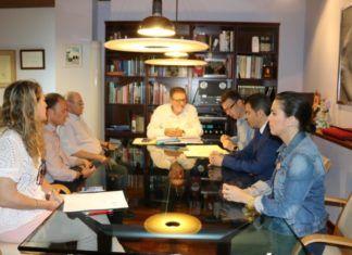 firma conveni premis literaris Torrent