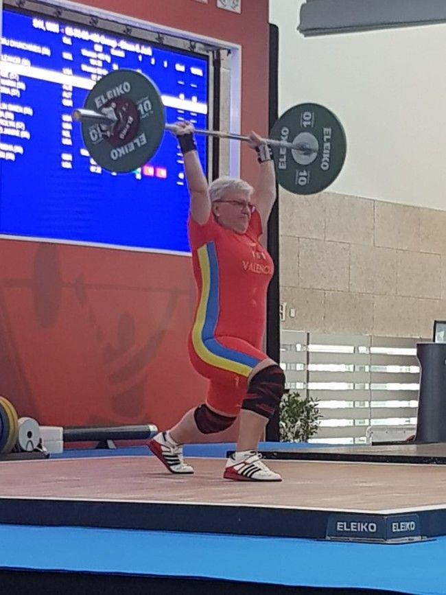 La haltera de Alboraya Lina Alves, quinta en el campeonato del mundo de halterofilia