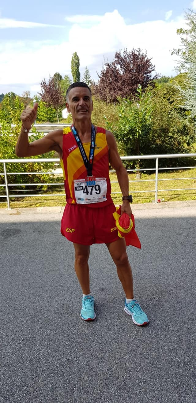 Eduardo G. Velasco Ultrafondo 100km medalla bronce