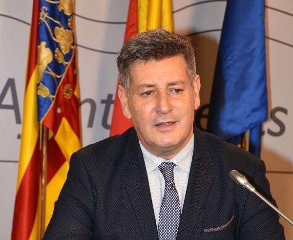 José Enrique Aguar pide la dimisión de Xavier Rius.
