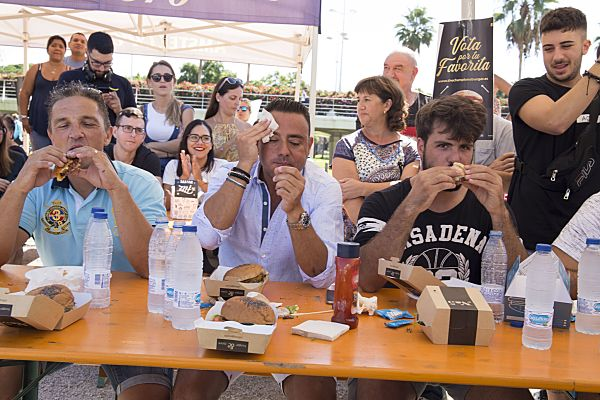 Concurso de Comer Hamburguesas