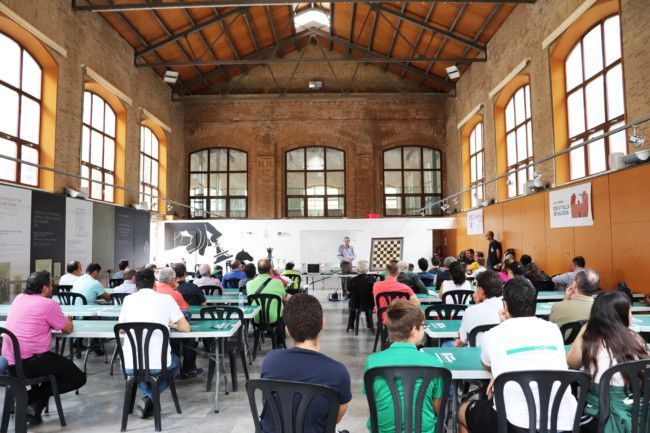 Conferencia de J.A. Coello (Foto: Celia Dubal)